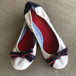 Tommy Hilfiger flex flats in red, white and blue